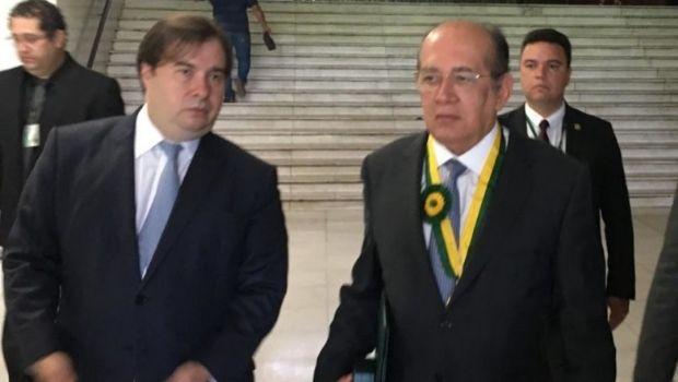 Rodrigo Maia e Gilmar Mendes se reúnem na casa de empresário anapolino