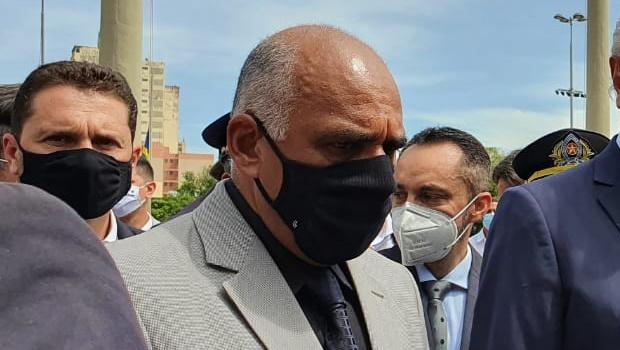 Governo federal solicitou leitos para Goiânia, diz Rogério Cruz