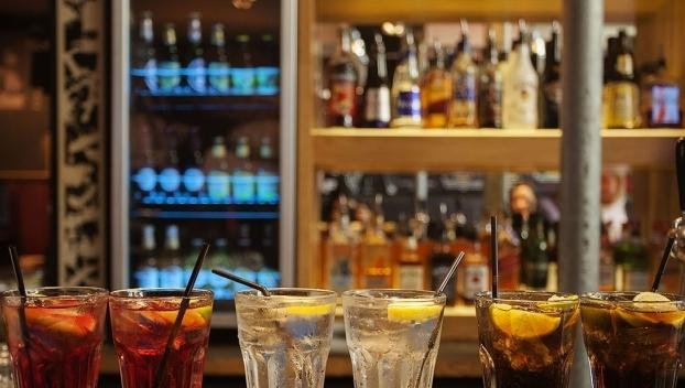 """Sindicato de bares de Goiânia diz que lei seca é """"ofensa"""" a segmento"""