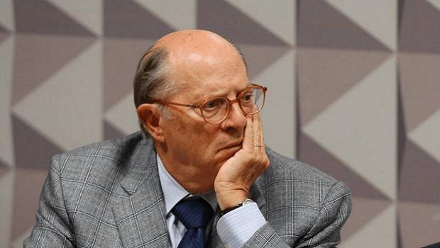 Ex-ministro da Justiça exige que MP determine avaliação do estado mental de Bolsonaro