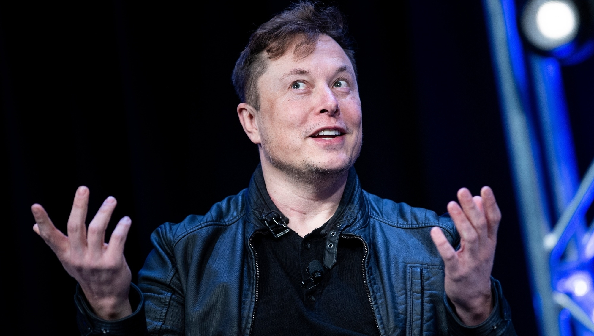 Tesla aceita bitcoin como pagamento e Elon Musk investe 1,5 bilhão na criptomoeda