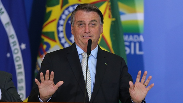 Bolsonaro suspende recursos da Lei Rouanet para cidades com medidas restritivas