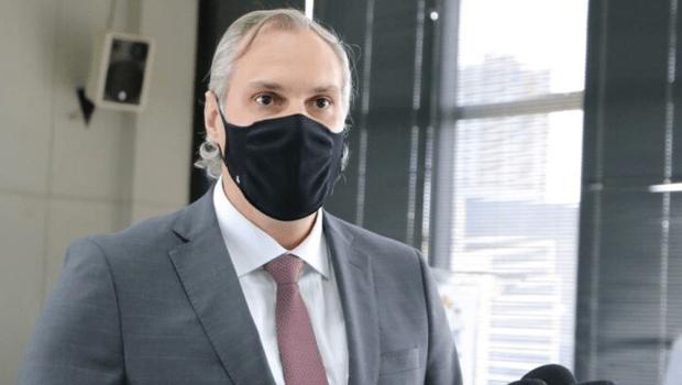 Aquisição de vacinas contra Covid-19 depende da disponibilidade de registros, diz secretário de Saúde de Goiânia