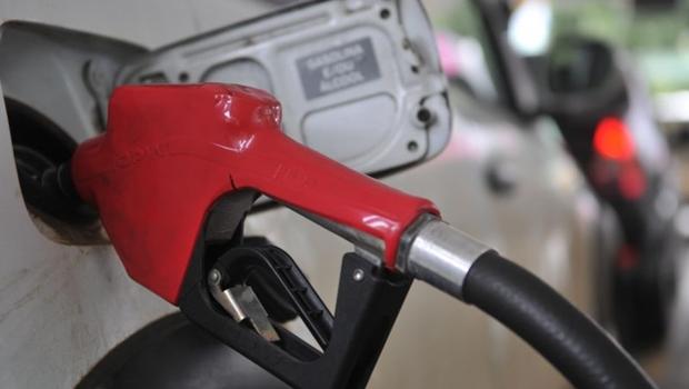 """""""Não podemos atribuir a alta dos combustíveis aos impostos estaduais"""", diz presidente do Sindpostos"""