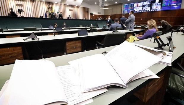 Assembleia Legislativa vota projeto que libera R$ 60 milhõespara aquisição de vacinas contra a Covid-19