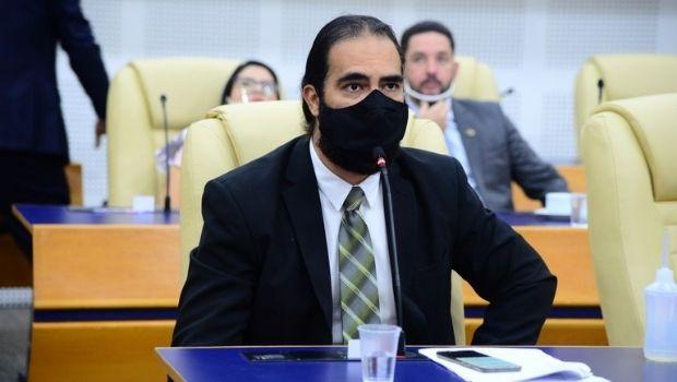 Após decreto do Executivo, vereador retira passaporte da vacinação da pauta