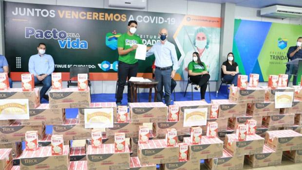 Ação arrecada mil litros de leite para famílias vulneráveis de Trindade