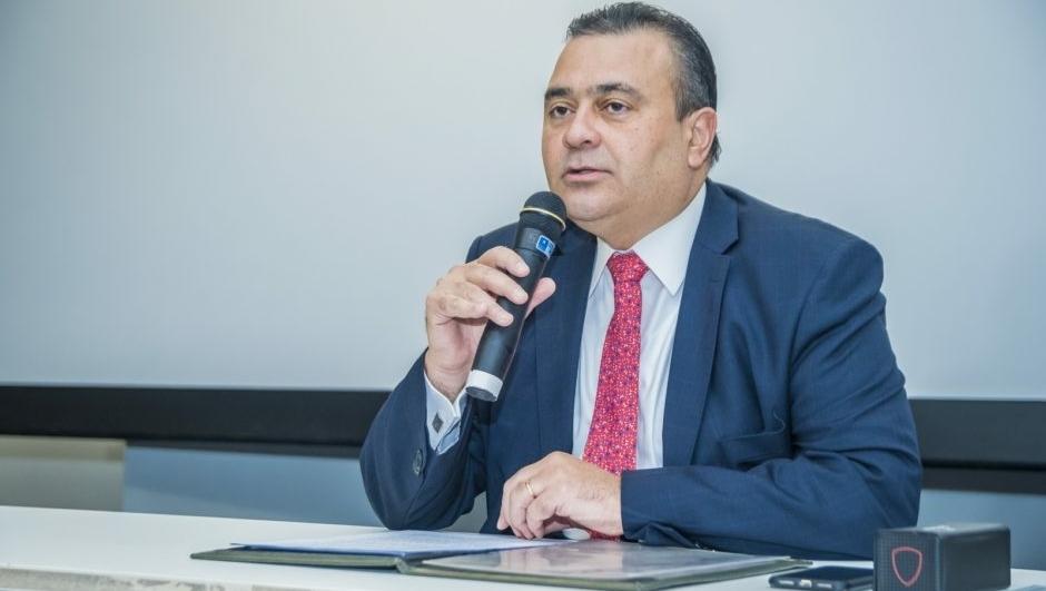 Ney Bello, apoiado por Gilmar Mendes, pode ser escolhido por Bolsonaro para o STJ