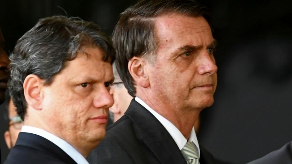Tarcísio de Freitas diz que deve ser candidato a senador em Goiás