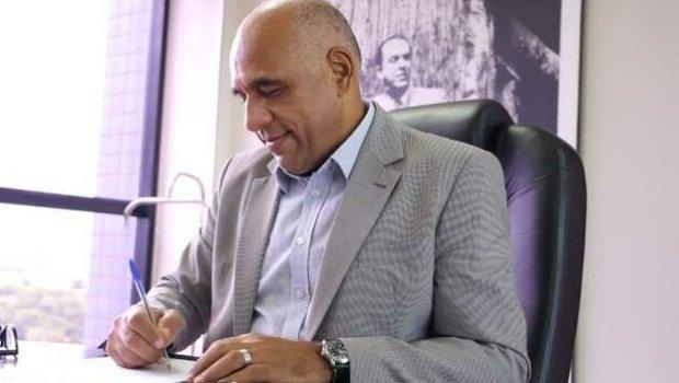 Rogério Cruz nomeia novo secretário de Governo e igreja Universal ganha espaço na gestão