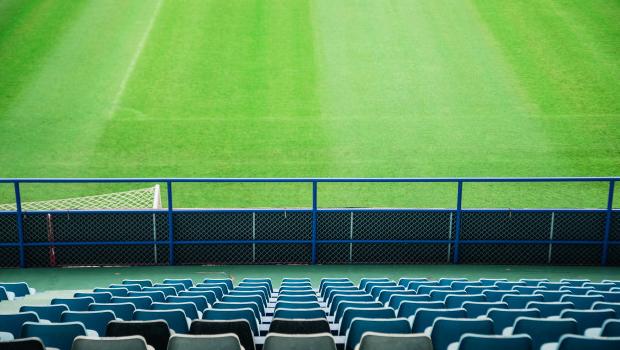 Futebol pode ser suspenso novamente em meio ao avanço da pandemia no país