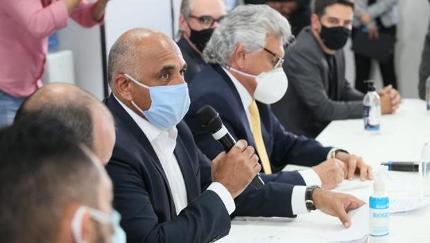 Caiado e Rogério Cruz se reúnem para avaliar condições da pandemia