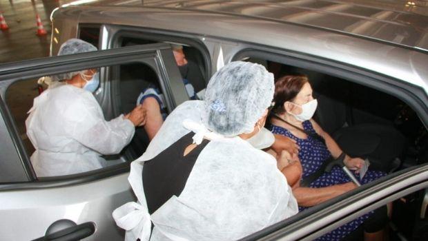 Quase 17 mil pessoas receberam a vacina contra a Covid-19 no último sábado, em Goiânia