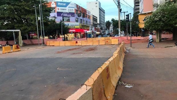 Bloqueio para construção de novo trecho do BRT preocupa comerciantes da região central