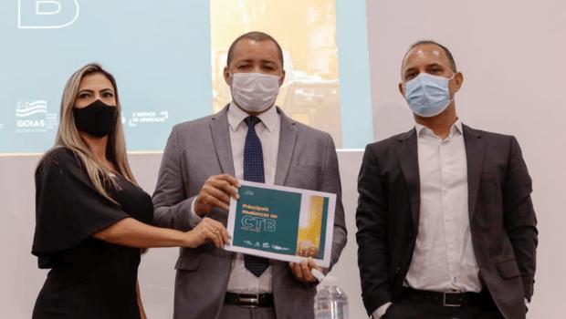 Detran-GO e OAB lançam cartilha virtual para orientar goianos sobre mudanças no Código de Trânsito Brasileiro