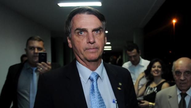 Pesquisa do Instituto Paraná mostra que Bolsonaro ganha de qualquer um no 2º turno