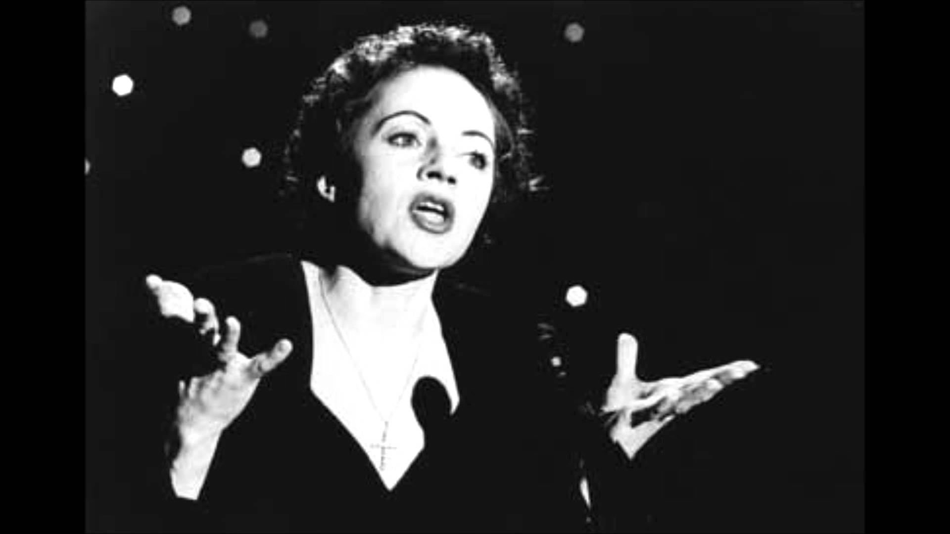 """Quem canta melhor """"As Folhas Mortas""""? Eu aposto em Edith Piaf. E você, leitor?"""