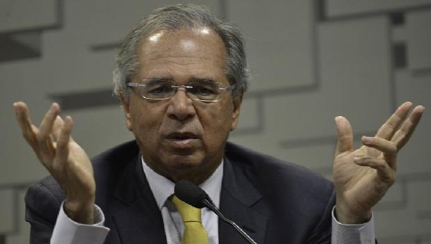 O Brasil caiu no conto do Posto Ipiranga