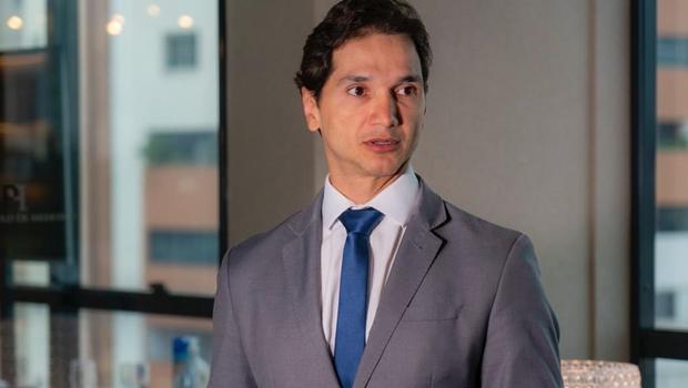 Pedro Paulo aprovou, em 2014, regra que proíbe voto do inadimplente