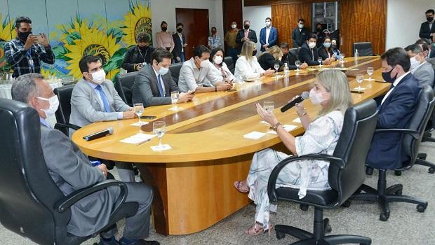 Presidente da Unale visita a Assembleia Legislativa do Tocantins