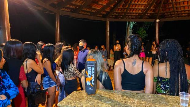 Novas festas clandestinas são fechadas pela Central de Fiscalização de Goiânia
