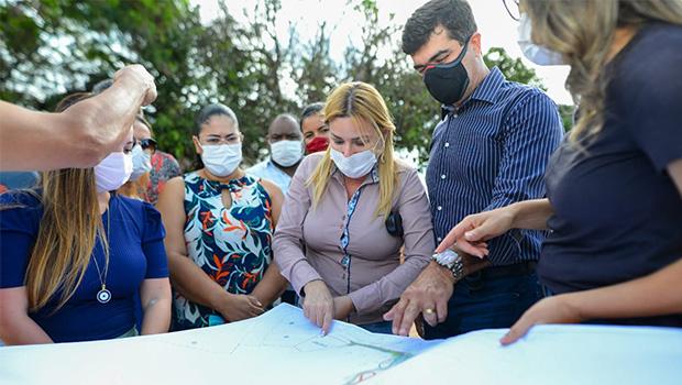 Buracão recebe vistoria para obras do Parque Municipal Jardim das Aroeiras