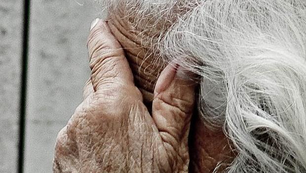 Alzheimer cresce 127% em 30 anos, mas surgem tratamentos promissores