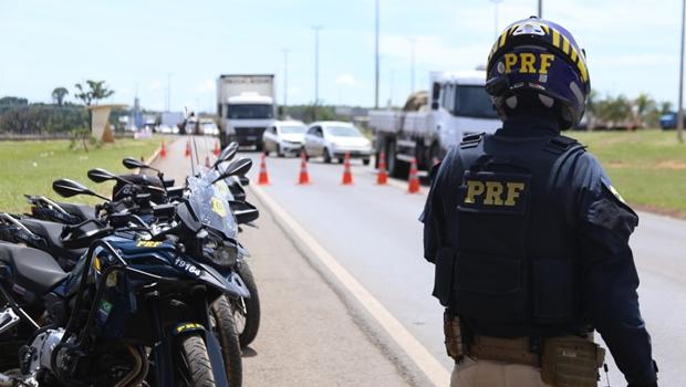PRF realiza barreiras para evitar fuga de Lázaro Barbosa por rodovias federais
