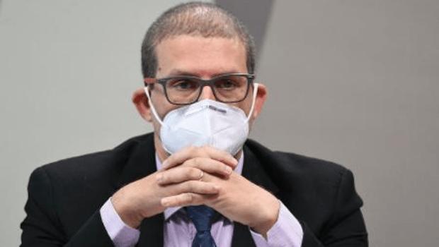 Cidades que mais votaram em Bolsonaro tiveram a maior mortalidade por covid-19, afirma infectologista