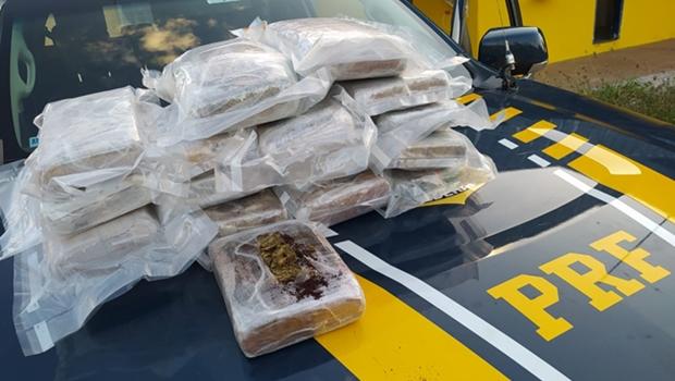 Jovem é preso com cerca de 20 kg de droga na BR-060, em Goiânia