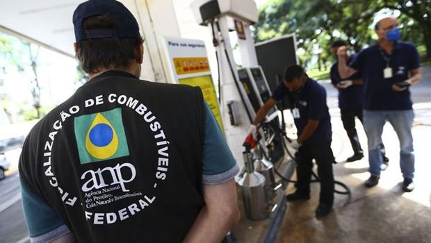 ANP faz operações contra postos de combustíveis em Goiás e mas cinco estados