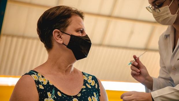 Anápolis inicia vacinação de pessoas a partir de 45 anos nesta terça-feira, 22