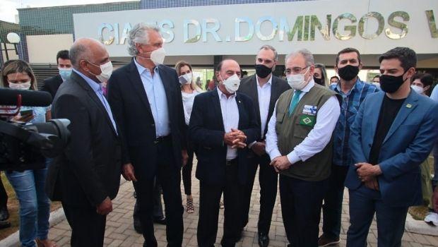 """Em Goiânia, ministro Marcelo Queiroga diz que """"prioridade máxima é a vacinação"""""""