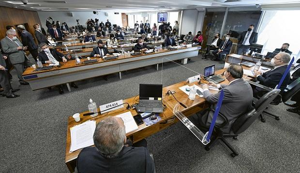 CPI da Covid adia depoimento do auditor do TCU após alerta de que quebra de sigilo deve ser reveladora