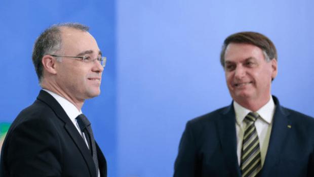 Bolsonaro confirma o pastor evangélico Mendonça para cargo na corte