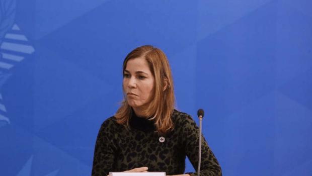 Maya Pinheiro teria enviado perguntas a CPI da Covid para senadores governistas fazerem a ela