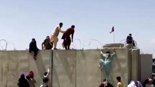 Por risco de atentado, embaixadas pedem que se evite aeroporto de Cabul