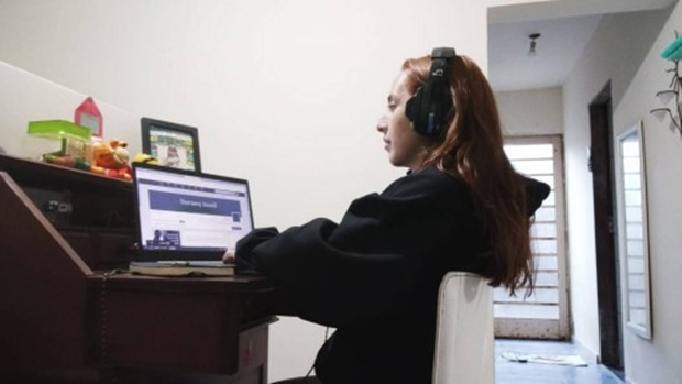 Teletrabalho traz economia de quase R$ 1,5 bilhão aos cofres públicos