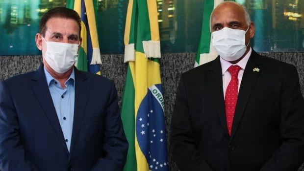 Aproximação de Vanderlan e Rogério Cruz pode destravar obras e garantir apoio para recursos financeiros
