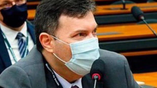 CPI da Covid ouve coronel citado em depoimentos sobre propina