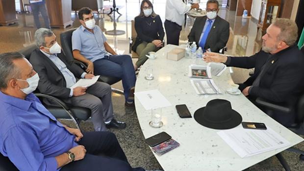 Prefeito Ronivon se reúne com o governador Mauro Carlesse para tratar da reestruturação do parque industrial de Porto Nacional
