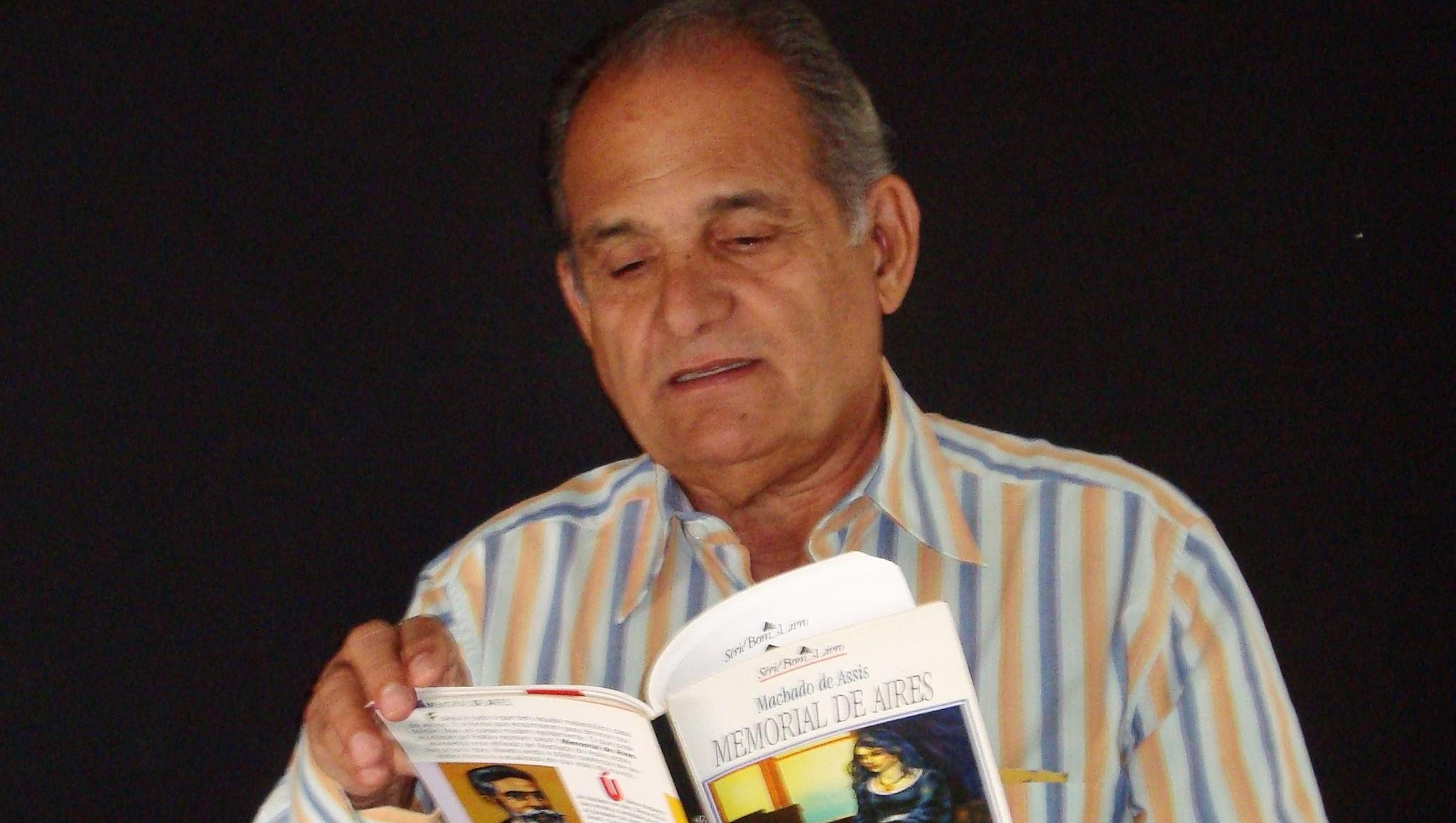 O niilismo humanista na poesia de Aidenor Aires