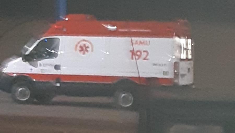 """Homem furta ambulância para """"atender comunidade local"""" e acaba preso pela PRF"""