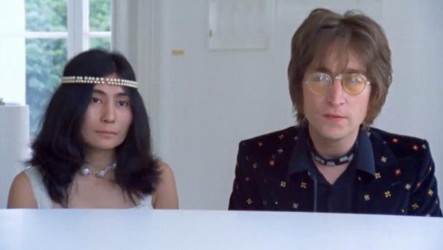 """""""Imagine"""" faz 50 anos: filme feito por John Lennon mostra seu cotidiano ao som das músicas do disco"""