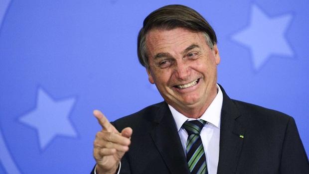 'Não sou malvadão, não quero aumentar o preço de nada', diz Bolsonaro