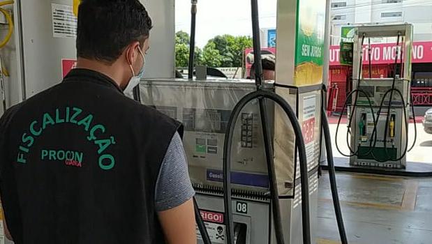 Procon Goiânia faz operação para coibir abuso de preços em postos de combustíveis