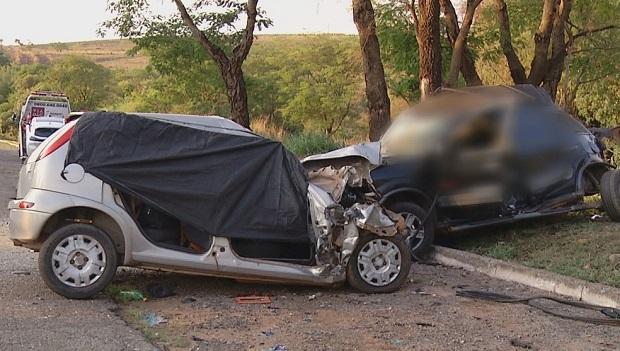 Cinco pessoas morrem em acidente na BR-040, em Cristalina
