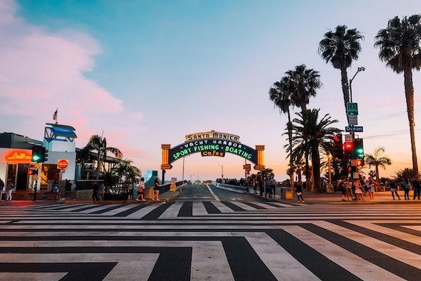 サンタモニカ ロサンゼルス