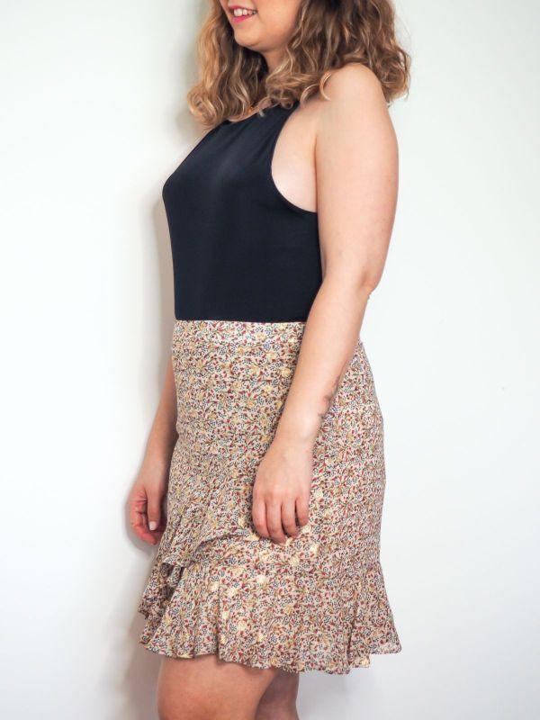 falda volantes detalles dorado Josephine Looks