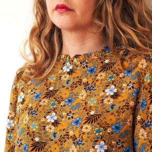 Blusa mostaza estampado floral 2